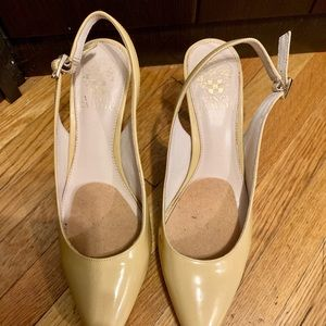 Vince Camuto women's size 8 shoes